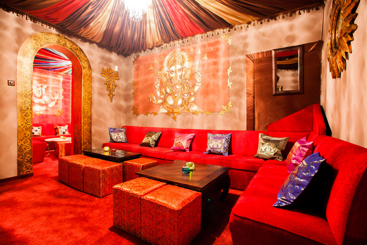 Poze din Interiorul restaurantului Ganesha - #4