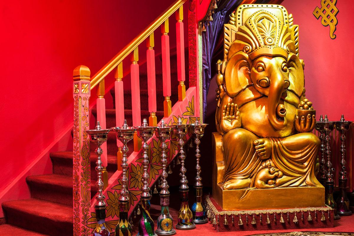 Poze din Interiorul restaurantului Ganesha - #8