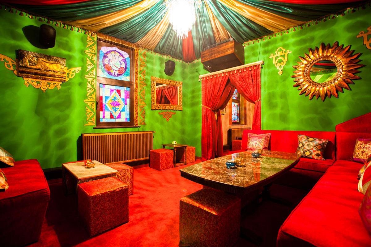 Poze din Interiorul restaurantului Ganesha - #20