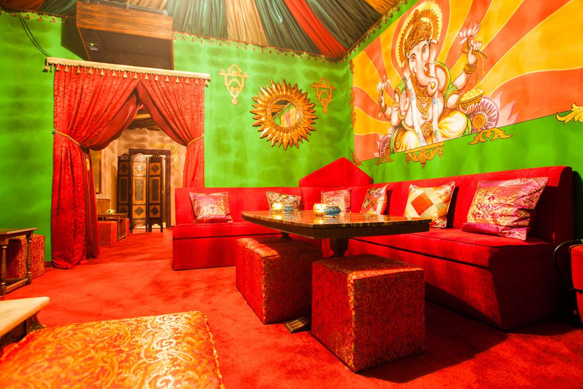 Poze din Interiorul restaurantului Ganesha - #2