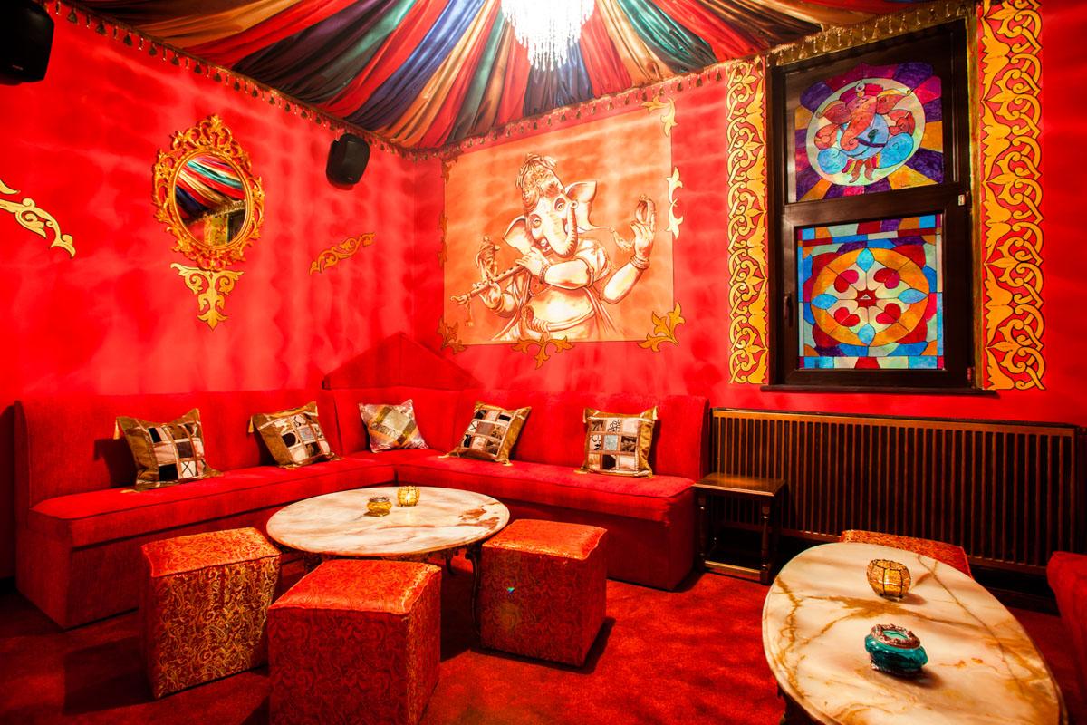 Poze din Interiorul restaurantului Ganesha - #9