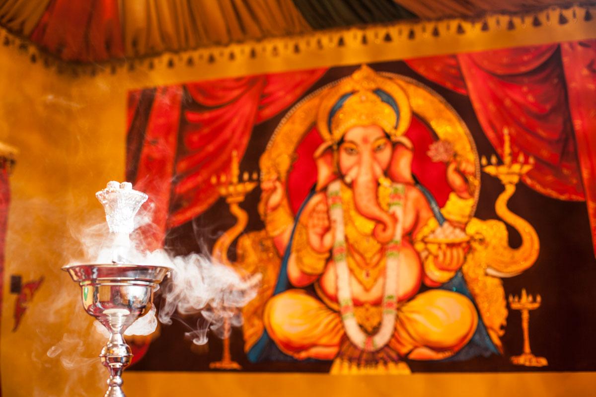 Poze din Interiorul restaurantului Ganesha - #12