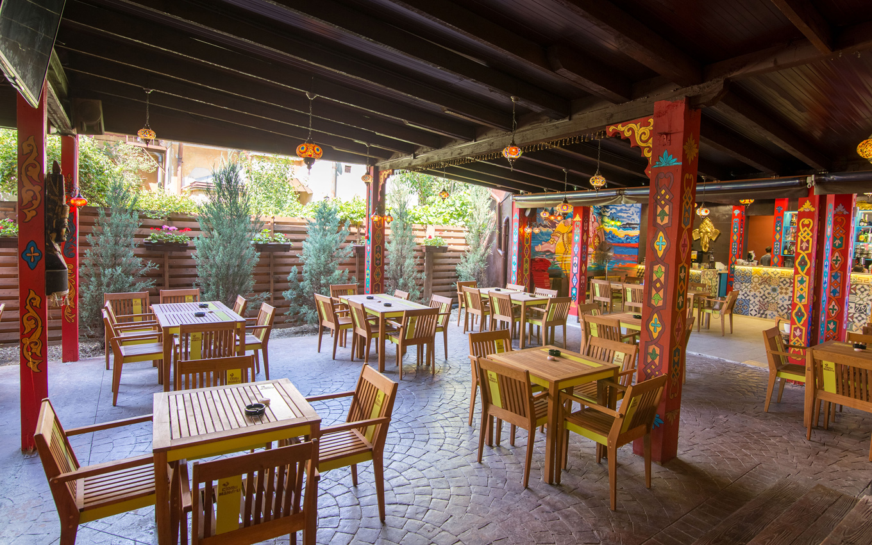Poze din terasa restaurantului Ganesha - #4